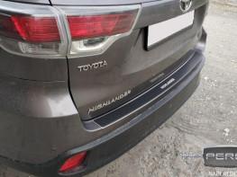 Накладка на задний бампер TOYOTA Highlander 3 2013-2016 carbon