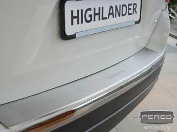 Накладка на задний бампер TOYOTA Highlander 2 2010-2013 (рестайлинг)