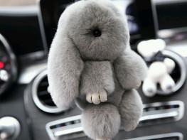 Кролик меховой брелок