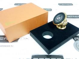 Магнитный держатель телефона в автомобиль CADILLAC