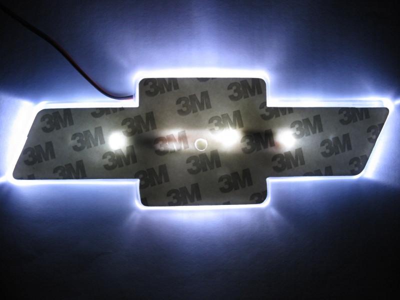 2D-подсветка логотипа Chevrolet