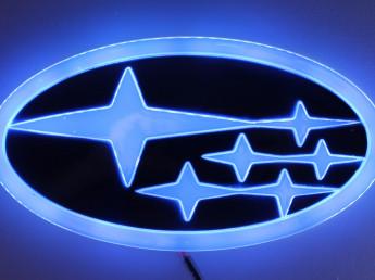 4D логотип Subaru