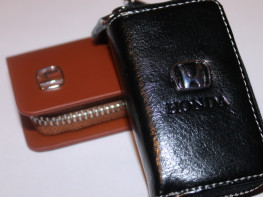 Ключницы с логотипом HONDA