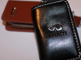Ключницы с логотипом INFINITY