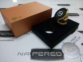 Магнитный держатель телефона в автомобиль Mazda