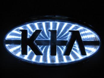 3D логотип KIA