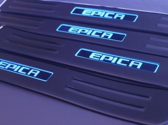 Накладки на пороги из стали с диодной подсветкой Chevrolet Epica.