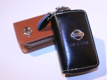 Ключницы с логотипом NISSAN